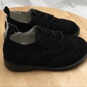 NWT Baby GAP Toddler Black Wingtip Oxford Shoes 8